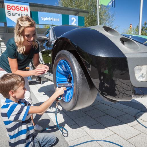 Mitmachland_Bild_Bosch Car Service Mama+Kind