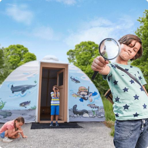 Feriendorf_Bild_Forscher Zelt mit Kinder